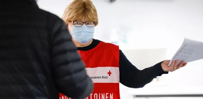 Leena Koskela, Suomen Punainen Risti